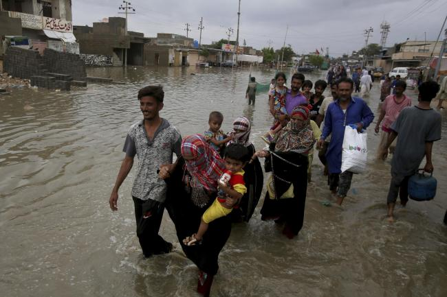 Monsoon rains cause severe flooding and 17 deaths in Pakistan