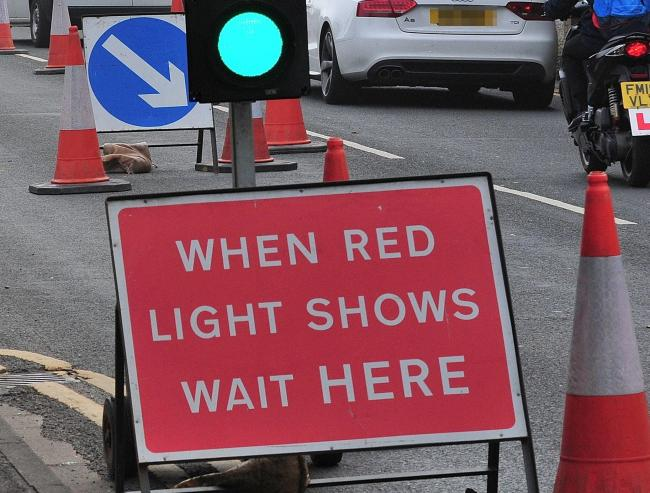Temporary traffic lights causing delays in Didcot