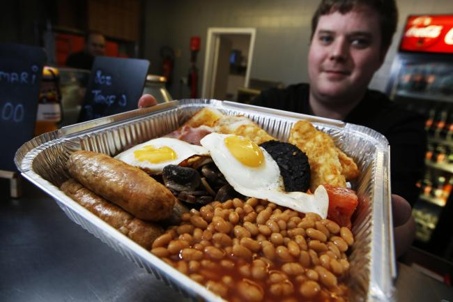 Wantage sandwich company Chris's Sarnies has started doing deliveries of full English breakfasts every day of the week. Pictured is chef Luke Forshaw. Picture by Ed Nix