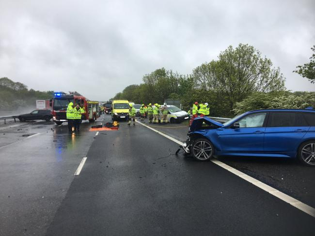 Emergency services race to major incident on M40