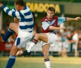 Joey Beauchamp goes for goal on his West Ham debut in a friendly