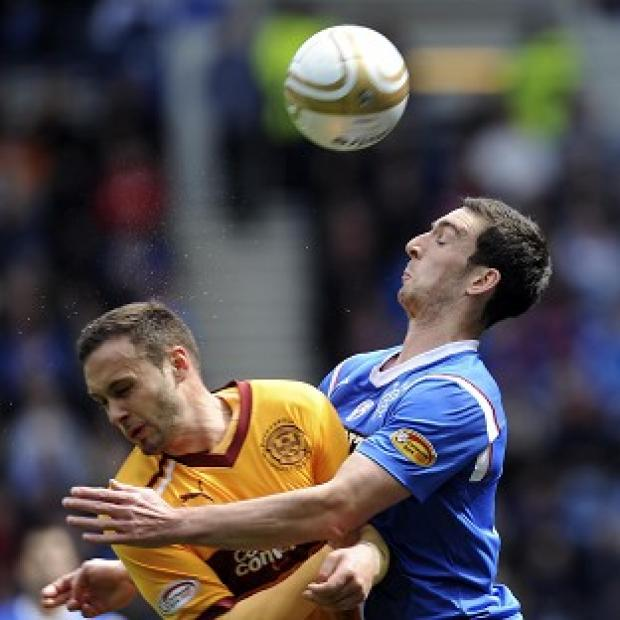 Tom Hateley and Lee Wallace (right)