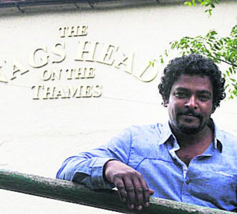 Herald Series: Dushan Salwathura at the Nag's Head, in Abingdon