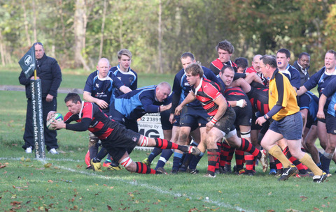 Dean Beauchamp gets Chipping Norton on the way to a 41-11 victory over Harwell