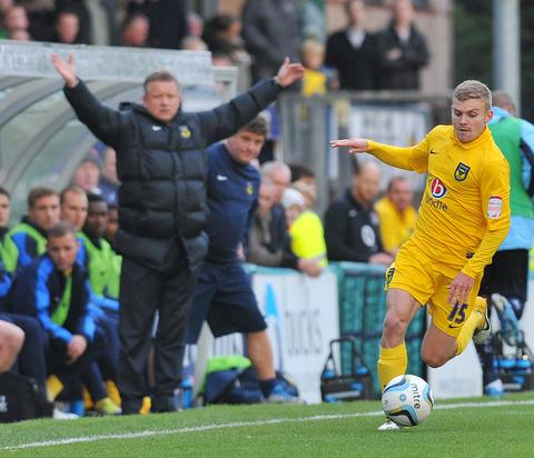 Oxford United manager Chris Wilder must decide whether to take a gamble on winger Alfie Potter in today's clash against Torquay