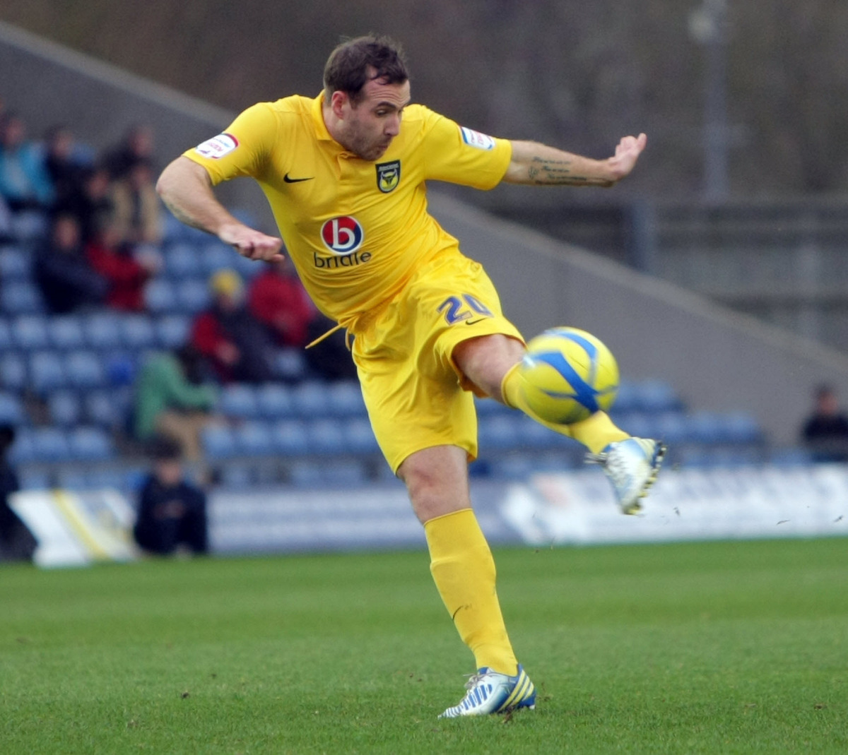 Peter Leven demonstrated his quality, but it was injuries that ultimately led to his departure from Oxford United