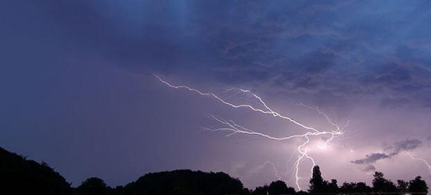 More heavy, thundery showers forecast for Oxfordshire