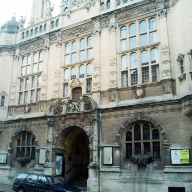 Herald Series: Oxford Town Hall