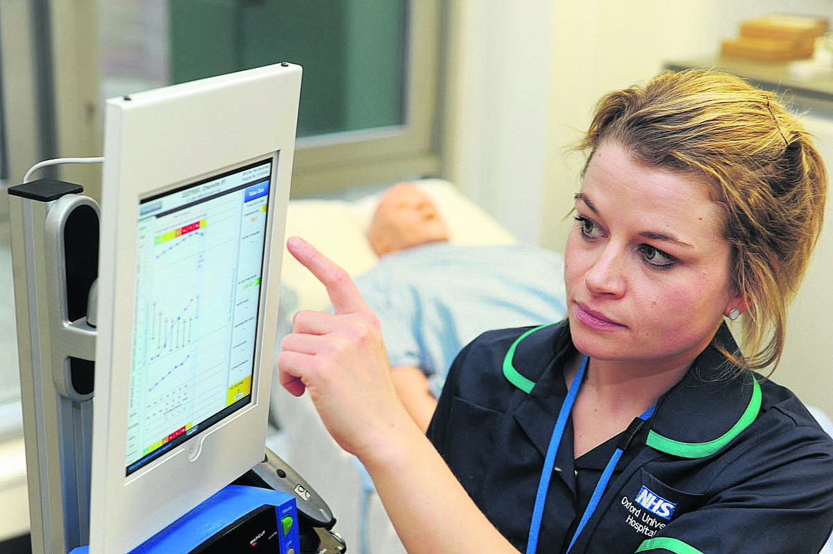 Hospitals to replace bedside charts with iPads