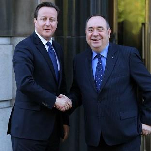 Pressure is mounting on David Cameron to enter into a face-to-face debate with Alex Salmond on Scottish independence