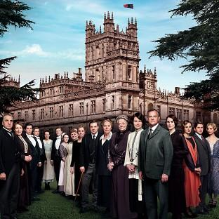 American fans of Downton Abbey are disappointed that the hit drama will continue to be broadcast months behind the UK