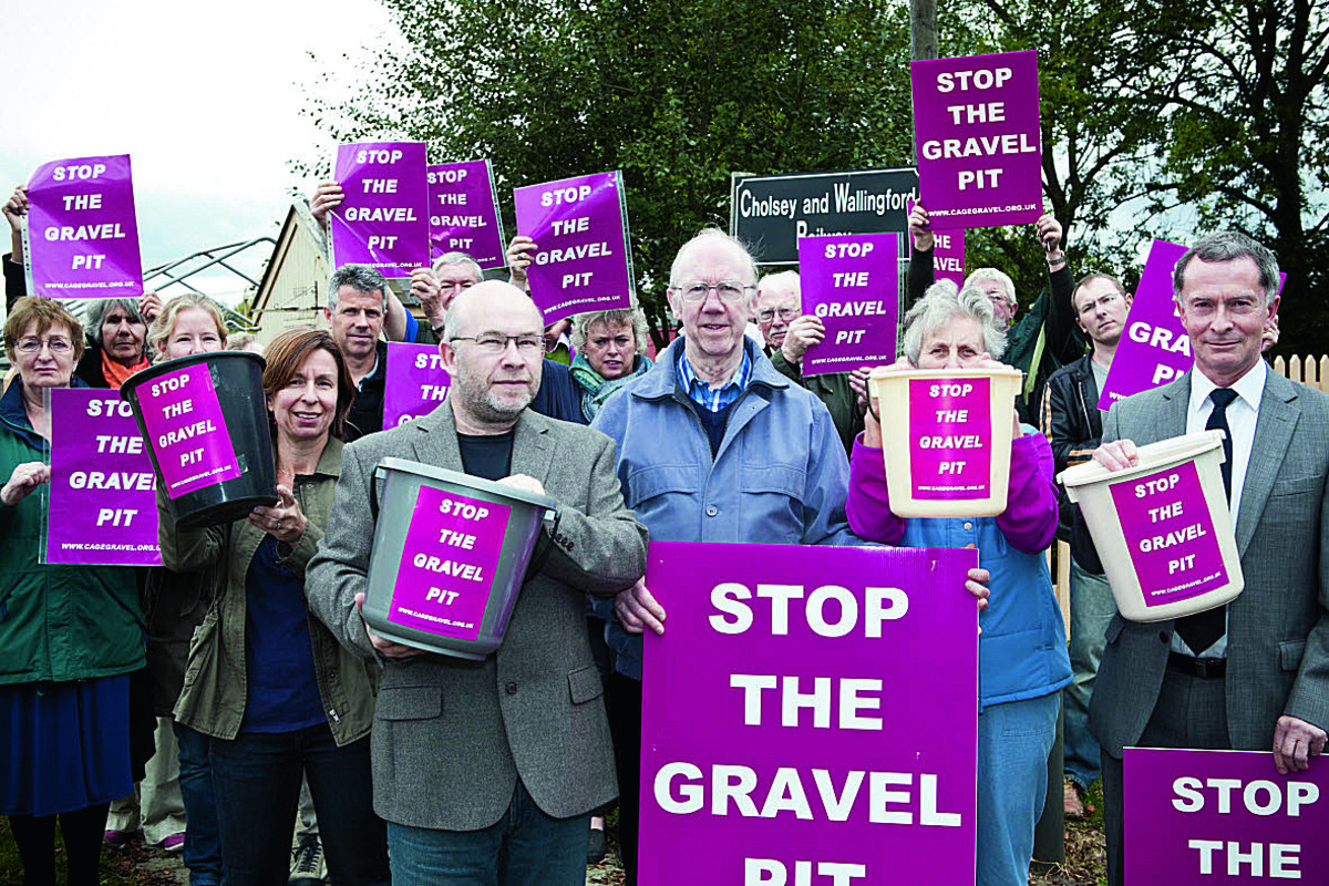 Mark Gray, Chairman of Cholsey Parish Council, and Bernard Stone demonstrate with locals campaigning against the plans in 2011