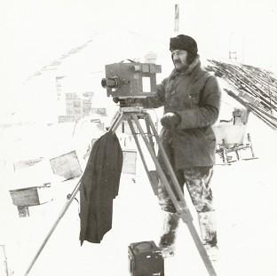 Herbert Ponting working in Antarctic conditions in a picture taken by polar explorer Captain Scott in October 1911 (Scott Polar Research Institute)