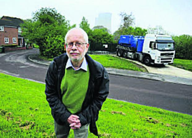 tanker: Cllr Hards at Tower Gardens