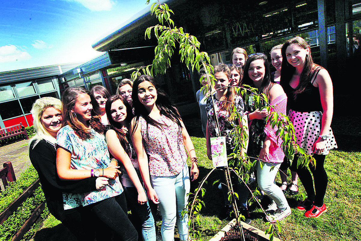 Tree planted in tribute to well-loved teenager Leah Graham