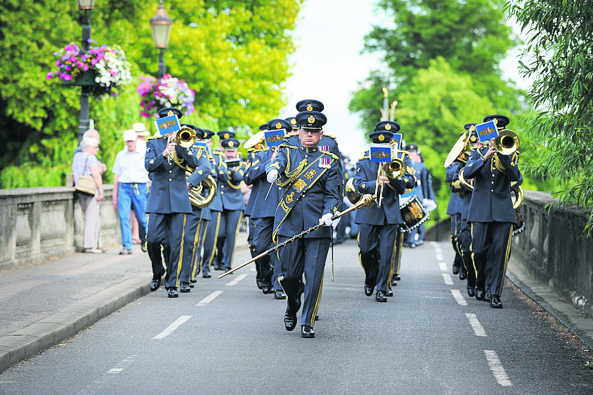 The Central Band of the RAF leads the parade through Wallingford                                                       Pictures: OX68158 Jon Lewis