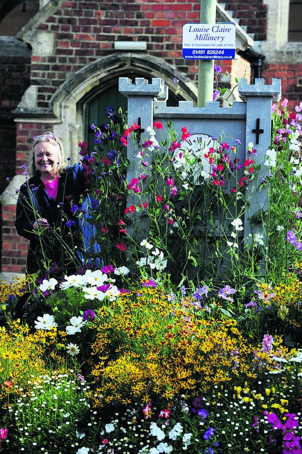 Roundabout looks blooming lovely, says town councillor