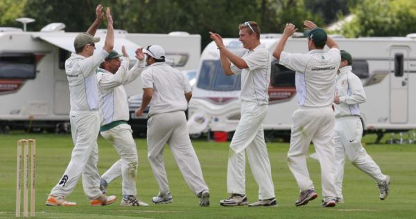 Abingdon Vale celebrate Luke Finch's wicket