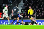 Gus Jones scores a try for Oxford university at Twickenham last month