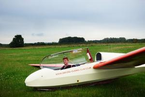 Boy pilots glider on his 14th birthday