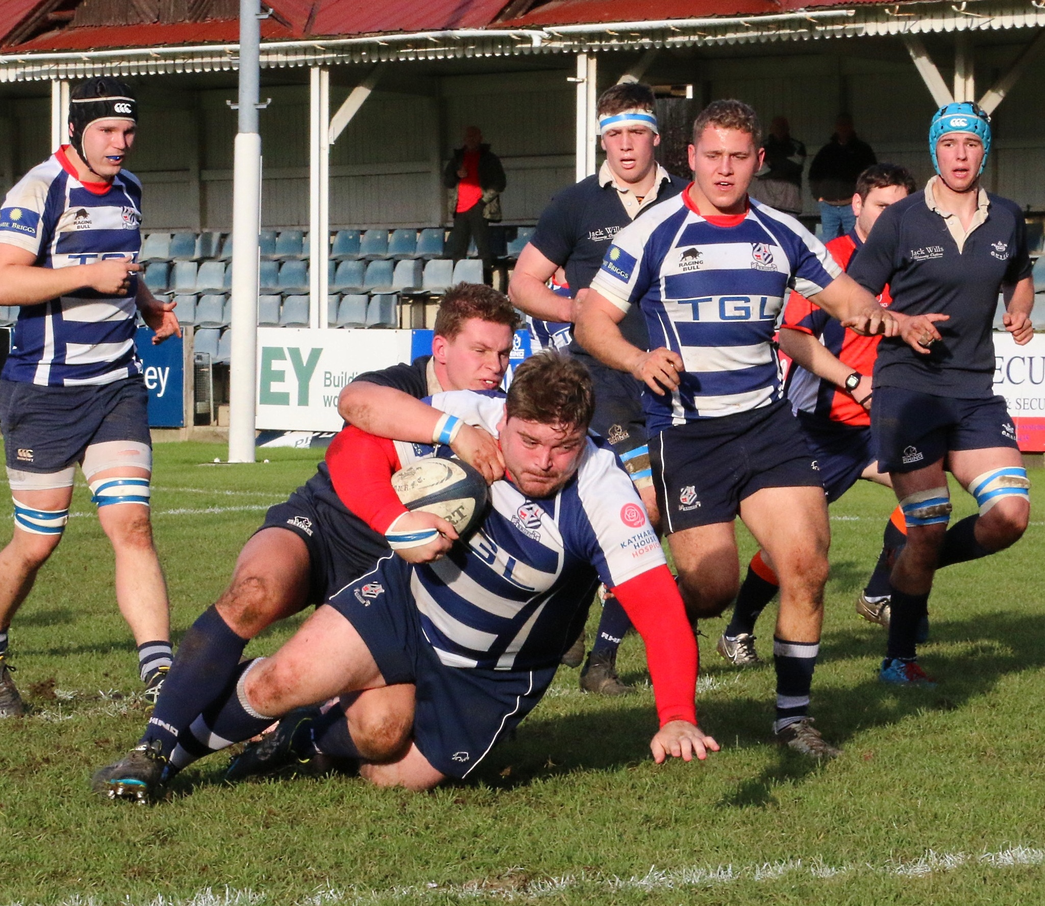 Pete Boulton scores one of his two tries try for Banbury against Oxford University Greyhounds in the Oxfordshire Cup