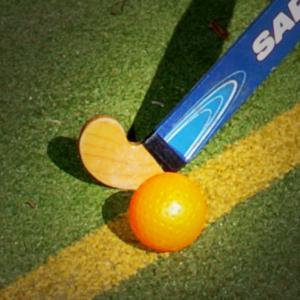 HOCKEY: Hayley Dobson hit hat-trick as Witney's women hit Banbury for six