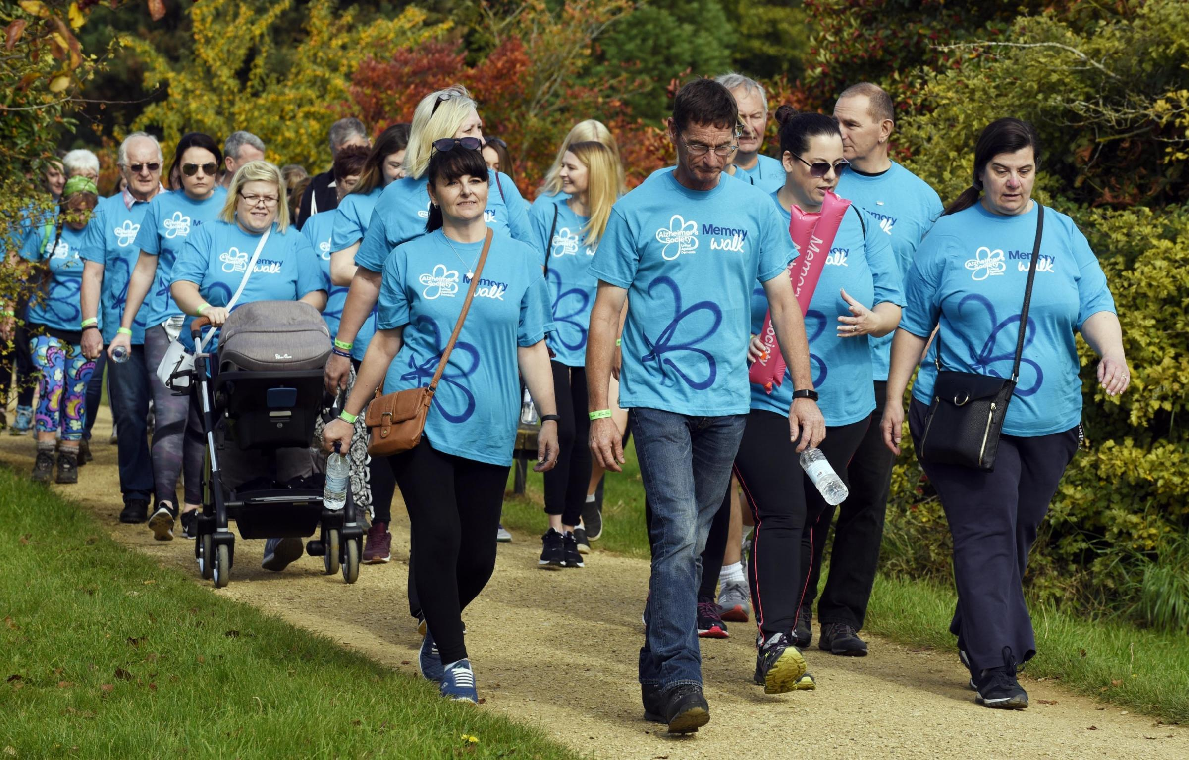 Memory Walk for Alzheimer's at Oxford University Parks....Picture by: David Fleming.