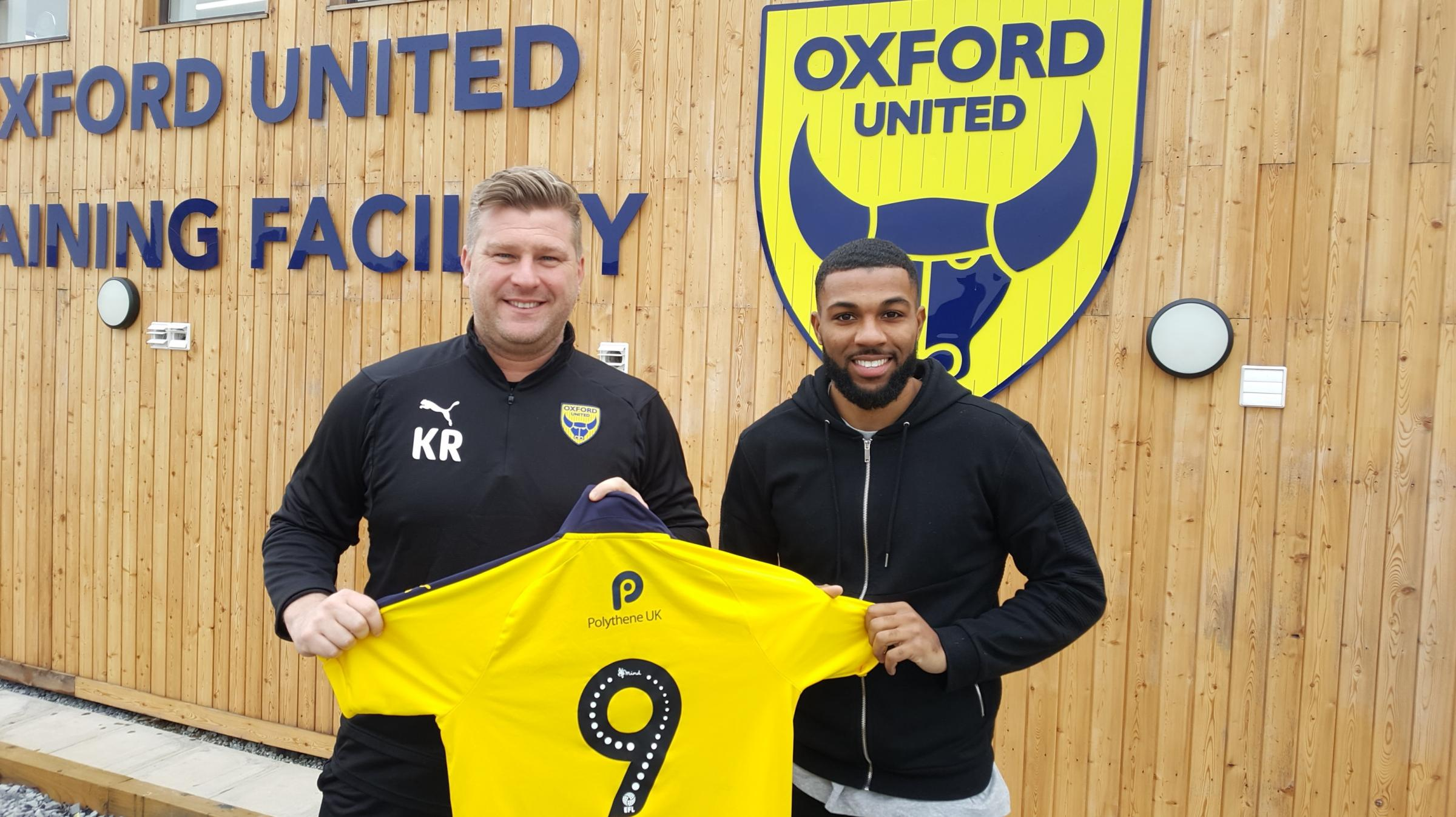 Boss Karl Robinson welcomes loan signing Jerome Sinclair to Oxford United, but a late move for Lewes striker Jonte Smith was not completed before the end of the transfer windowMain picture: David Pritchard. Other picture: James Boyes