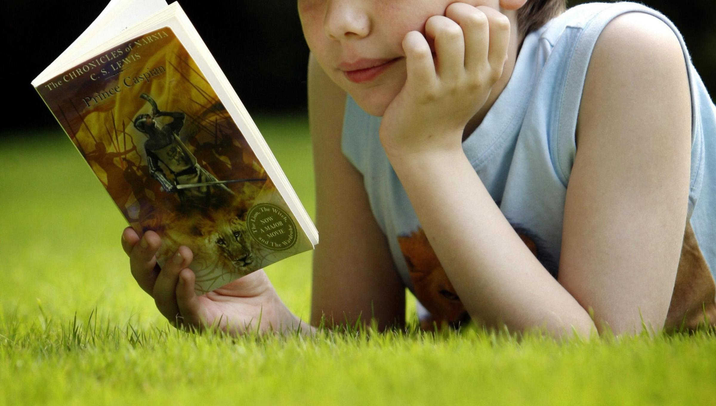 Child reading. Picture by Danny Lawson/PA Wire.