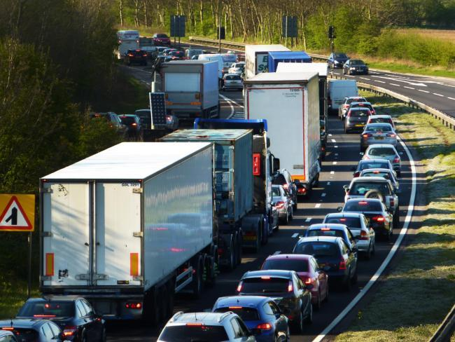 Lane closed on A34 after multi-vehicle crash