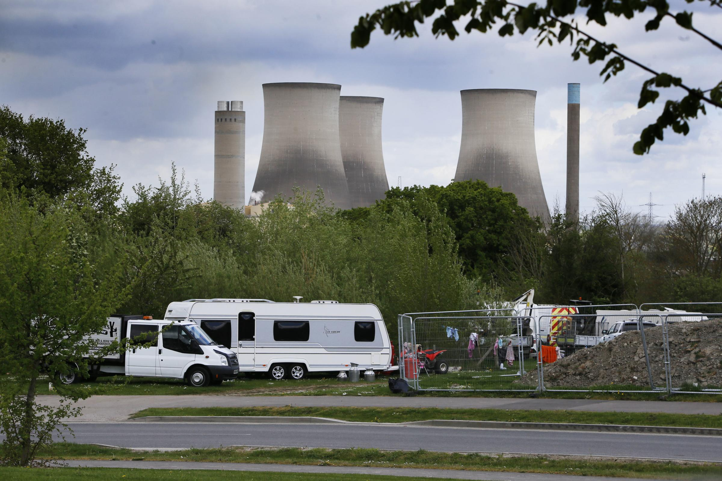 Travellers pictured in Didcot at the Great Western Estate..25/04/2019.NO BYLINE PLEASE.