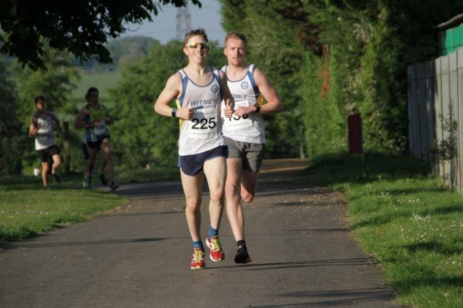 Matthew Lock leads Witney teammate George Reynolds at the Sri Chinmoy three-mile race Picture: Fraser Howard